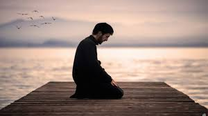 Moine en prière au bord de l'eau - Père Jacques Philippe